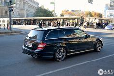 Mercedes-Benz C 63 AMG Estate 3