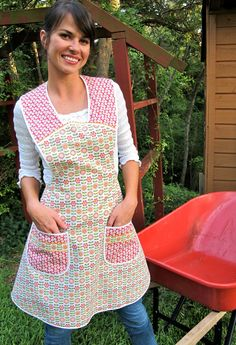 Woman's Work Apron Vintage Everyday Housewife by momomadeit