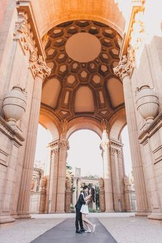 Engagement Photo Shoot in San Francisco: Palace of Fine Arts! Amazing views of. - Engagement Photo Shoot in San Francisco: Palace of Fine Arts! Amazing views of the city are the r - Funny Engagement Photos, Engagement Shoots, Engagement Tips, Couple Photography Poses, Maternity Photography, Engagement Photography, San Francisco Pictures, Palace Of Fine Arts, San Francisco Travel