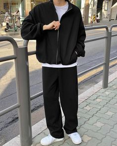 Moda Outfits, Nike Outfits, Retro Outfits, Stylish Mens Outfits, Simple Outfits, Casual Outfits, Fashion Outfits, Mode Streetwear, Streetwear Fashion