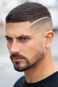 The Temp Fade Haircut And#8211; One Of The Most Popular And Hottest Trends ★ Curly Hair Cuts, Medium Hair Cuts, Short Hair Cuts, Curly Hair Styles, Curly Short, Man Hair Style Short, Short Hair Styles Men, Haircut Medium, Wavy Hair