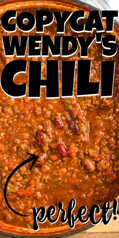 original_title] – Mama Loves Food Wendy's Chili Recipe This simple Wendy's Chili Recipe is SPOT ON! Also, easy and delicious! Make a double batch and freeze some for later, and make sure to add it to this week's meal plan! Best Chili Recipe, Chilli Recipes, Gourmet Recipes, Mexican Food Recipes, Soup Recipes, Cooking Recipes, Dinner Recipes, Wendy Chili Recipe, Meat And Bean Chili Recipe