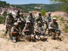 800px-Navy_SEAL_Team_Platoon