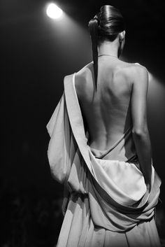 At Haider Ackermann « The Sartorialist Haider Ackermann, Poses, Scott Schuman, Avantgarde, Woman Back, Sartorialist, Ballet Beautiful, Fashion Art, Fashion Design