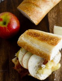 Apple, Bacon, and Gouda Grilled Cheese – Recipe Diaries