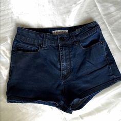 Super comfy They are super Comfy! High shorts Bullhead Shorts Jean Shorts
