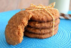 Chewy peanutbutter cookies - Laura's Bakery - Just made these, they're addictively yummie! Gluten Free Treats, Peanut Butter Cookies, No Bake Cake, Cookie Recipes, Bakery, Yummy Food, Yummy Recipes, Healthy Food, Food Porn