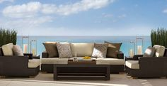 CHIC COASTAL LIVING: Chic Outdoors and Gardens
