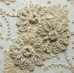 Antique Hand Made Lace Flowers Two Patterns | Vintage Passementerie