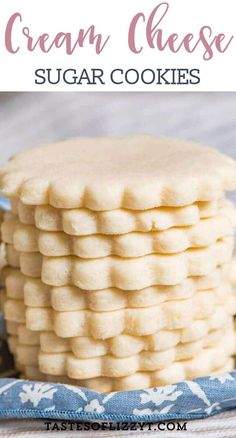 This easy cut out sugar cookie recipe st… Soft, chewy cream cheese sugar cookies. This easy cut out sugar cookie recipe stays soft because of cream cheese. Cream Cheese Sugar Cookies, Chewy Sugar Cookies, Galletas Cookies, Sugar Cookies Recipe, Yummy Cookies, Cookies Et Biscuits, Cut Out Sugar Cookies, Cinnamon Cookies, Easy Cream Cheese Desserts