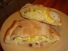Healthy breakfast hot pocket.  Recipe video:  http://youtu.be/R2i80rzZAo4