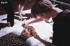 Namore alguém que te olhe como o Jungkook olha pro Jimin ♡