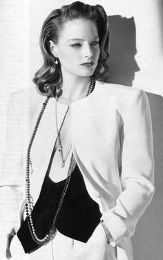 Jodie Foster-Late 30's, early 40's style. Absolutely gorgeous!
