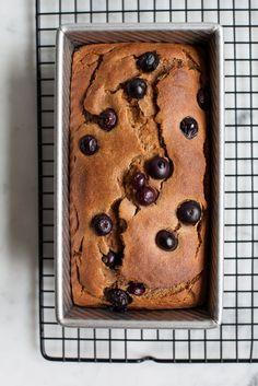 Blueberry Banana Loaf - GF/Paleo / seeandsavour.com