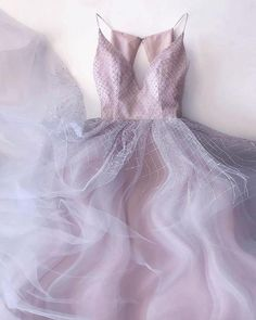 Tulle evening dress - Tight Prom Dresses, ALine Pink Prom Dress with Beading Flowers Prom Gowns Long Tulle Evening Dresses – Tulle evening dress Open Back Prom Dresses, Long Prom Gowns, Plus Size Prom Dresses, Lace Evening Dresses, Elegant Dresses, Pretty Dresses, Homecoming Dresses, Beautiful Dresses, Bridesmaid Dresses