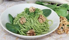 Delicious pasta recipe for spinach and nuts lovers.