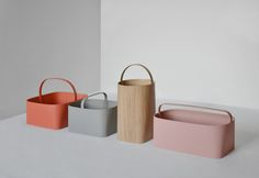 Baskets is a modern basket design created by Oregon-based designers Studio Gorm. Contemporary Design, Modern Design, Modern Baskets, Eco Design, Co Working, Steel Furniture, Desk Accessories, Of Wallpaper, Decorative Objects