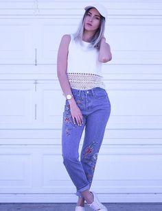 La hermosa chica honesta de siempre #kikanieto:-) Dove Cameron, Best Youtubers, Squats, Mom Jeans, Overalls, Actors, Couples, Celebrities, Womens Fashion