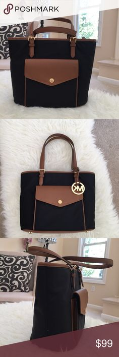 25b3505bb311 Michael Kors Jet Set Nylon Med Pocket Tote Color: Black Gold Tone Hardware  Nylon Open