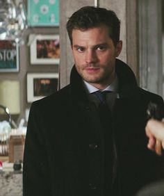 ♥ Hello 😘 ♥ Sorry for not being much there I worked yesterday and took some time to relax today 🙌🏻 I'm trying to decompress as much as I… Jamie Dornan, Fifty Shades Darker, Fifty Shades Of Grey, Christian Grey, Fifty Shades Series, Johnson Family, Mr Grey, Hot Actors, Irish Men