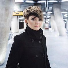 Today we have the most stylish 86 Cute Short Pixie Haircuts. Pixie haircut, of course, offers a lot of options for the hair of the ladies'… Continue Reading → Haircut For Square Face, Square Face Hairstyles, Pixie Hairstyles, Cool Hairstyles, Pixie Cut Square Face, Square Face Short Hair, Gorgeous Hairstyles, Short Pixie Haircuts, Undercut Hairstyles