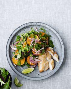 Mehevä broileri-bataattisalaatti Salad, Meat, Chicken, Food, Google, Potato Salad, Essen, Salads, Meals