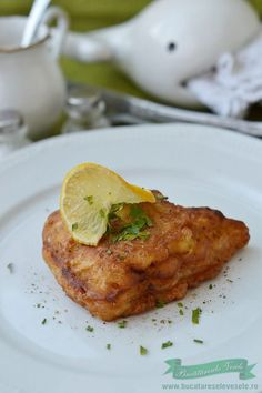 Peste in Crusta Crocanta Seafood Recipes, Cooking Recipes, Romanian Food, Fish And Seafood, Tandoori Chicken, Mozzarella, French Toast, Sandwiches, Blog