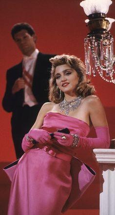material girl- perfect Marilyn/Madonna/Paris Hilton combo!