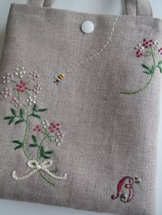 Best 12 Cute idea for those little muslin bags. Herb Embroidery, Hand Work Embroidery, Japanese Embroidery, Silk Ribbon Embroidery, Hand Embroidery Patterns, Floral Embroidery, Cross Stitch Embroidery, Sewing Crafts, Sewing Projects