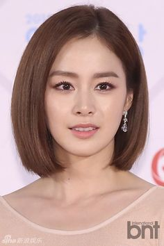 short lob on looks simple but amazing on kim tae hee. I love her extremely natural but defining makeup