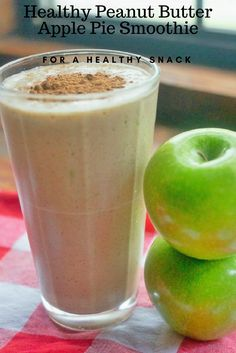 Need a healthy afternoon or after school snack? Try this yummy peanut butter apple pie smoothie recipe via @divasrun4bling