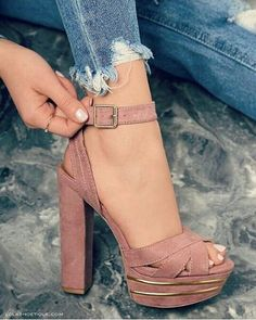 Love this hue! #ShoeLuva #OhHerShoes #ShoeGame