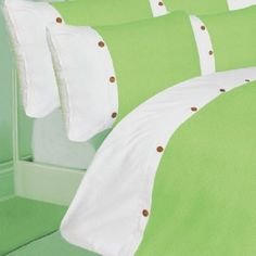 Part of the waffle duvet cover range, this duvet comes in a range of colours and a great design. In 100% Egyptian Cotton. In a Green With White colour.