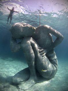 Gigantic Underwater Statue in Nassau, Bahamas