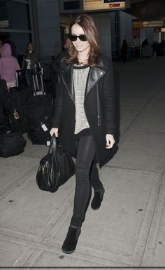 April 2013 → Wearing a Topshop sweater + Zara coat + Diesel boots + Zadig bag + Rayban sunglasses