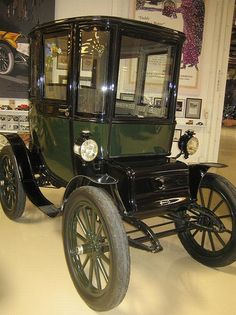 Riker Electric Automobile Electric Vehicles Historical