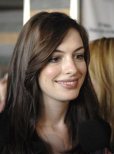 Anne Hathaway simply gorgeous