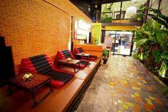 10 Best cheap backpacker hostels in Bangkok