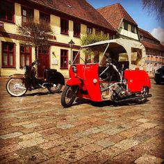 """28 Likes, 1 Comments - Denis (@jainty1989) on Instagram: """"#sonnigeausfahrt#sonne☀️#marktplatzNG#simsonduo#stehtdochtotalschief"""""""