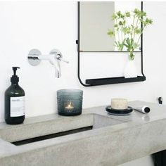 // d e t a i l s // Thank you @simple.form and @housedoctordk for this mornings bathroom inspo. Less than two weeks until we move!