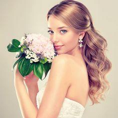 1位は名前っぽい●●!「女子が結婚してみたい」モテ苗字ベスト5