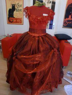 Sarah Tanz der Vampire Ballkleid ball gown costume Kostüm