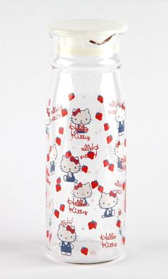 Hello Kitty Glass Pitcher: for delicious drinks