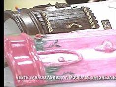 Pintura em Telhas \\ DICAS\\p\ não correr o risco de perder seu trabalho ,fure a telha antes de aplicar o artesanato. MASSA \\É O DUREPOX. contatos;no video