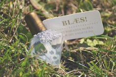 WEDDING SOAP BUBBLES - gold - diamond - diy sign - idea - inspiration - blowing bubbles - wedding poem