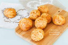 Une de mes recettes préférées Thermomix... Les gougères au fromage. Légères et croustillantes, elles séduisent à coup sûr!