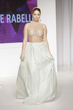 e2d405d064 Vestido de festa com transparência - Primavera Verão 2016 Claudia Rabello  para Mega Polo Moda