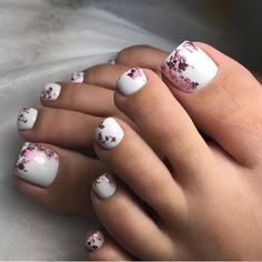 Clever fashion design manicure and decoration - Page 12 of 20 - Inspiration Diary Pedicure Designs, Pedicure Nail Art, Toe Nail Designs, Nail Manicure, Diy Nails, Gel Toe Nails, Feet Nails, Toe Nail Art, Pretty Toe Nails