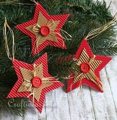 Over 20 handmade cardboard Christmas trinkets! - Over 20 handmade cardboard Christmas trinkets! Handmade Christmas Decorations, Christmas Ornaments To Make, Christmas Crafts For Kids, Xmas Crafts, How To Make Ornaments, Homemade Christmas, Christmas Projects, Christmas Diy, Handmade Ornaments