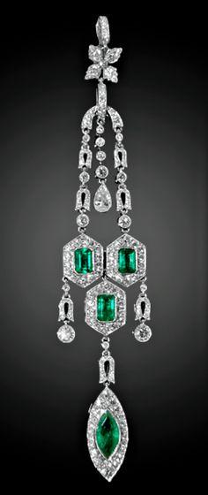Modern Platinum Diamond and Emerald Pendant. Emerald Pendant, Emerald Earrings, Pendant Set, Diamond Pendant, Antique Jewelry, Vintage Jewelry, All Gems, I Love Jewelry, Sparkles